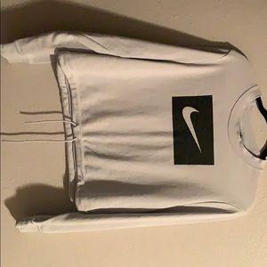 Nike crew cropped sweatshirt.